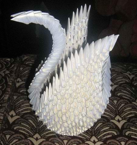 Как сделать лебедя из бумаги белый